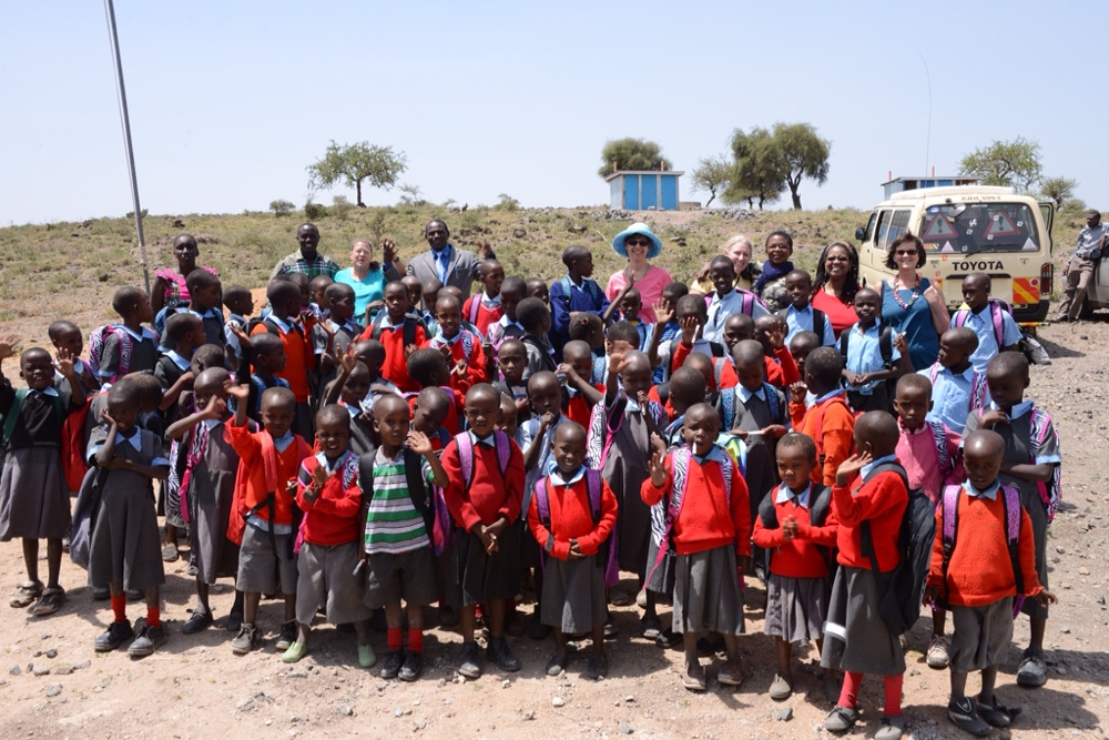 Maasai_children_with_new_backpacks.JPG